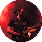 Gitarrenlehrer der Musikschule Bandschmiede Christian Herrle auf großer Bühne