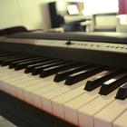 Piano Keyboard und Klavierunterricht in der Frankfurter Musikschule Bandschmiede